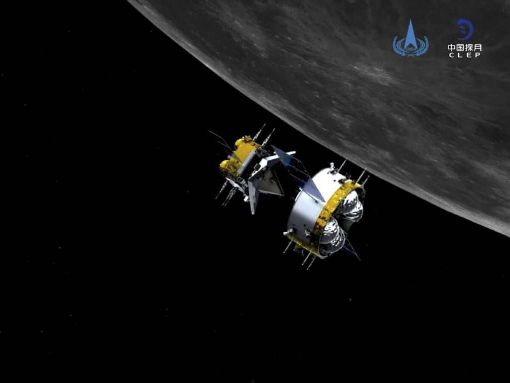Chinese capsule with samples of lunar soil begins to return to Earth