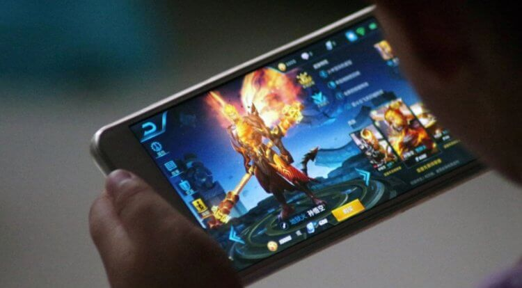Why is playing games on a smartphone a bad habit?